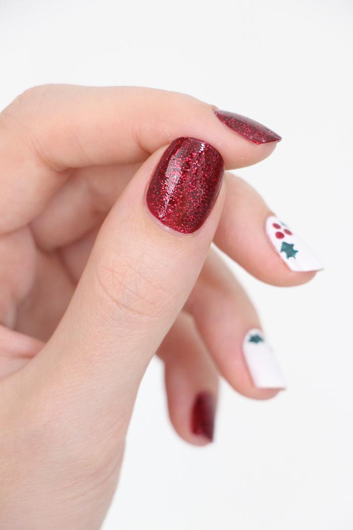 holly-nails-2