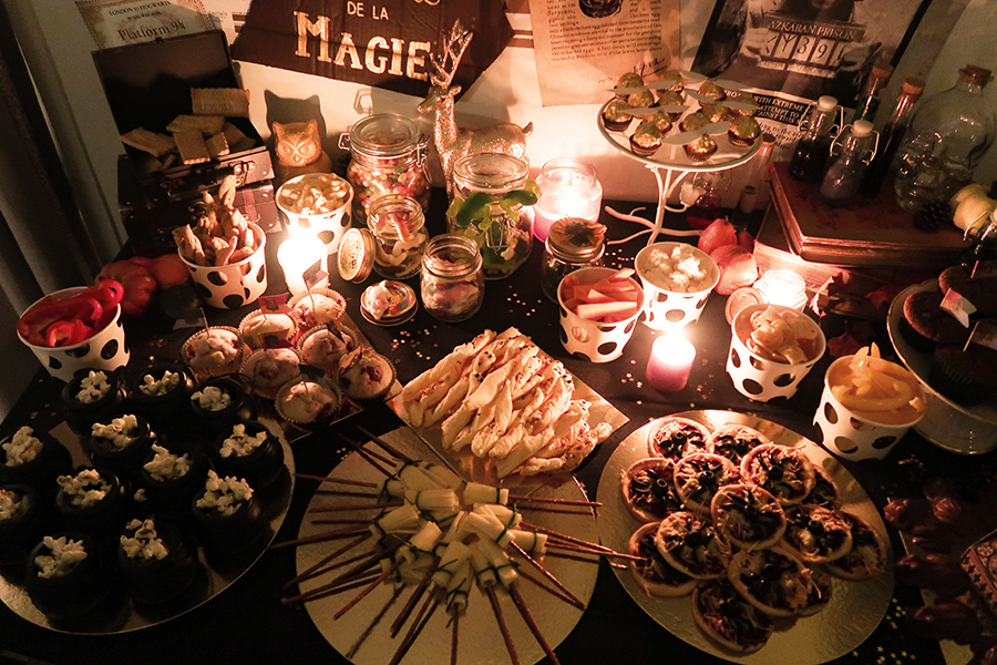 harry potter party 10 id es d co pour dresser une table. Black Bedroom Furniture Sets. Home Design Ideas